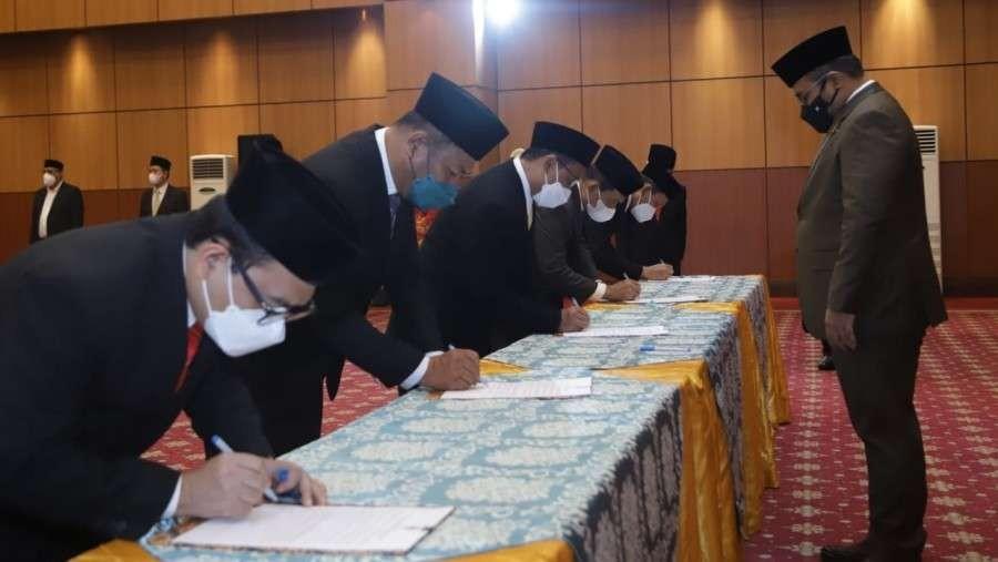 Menag Yaqut Cholil Qoumas melantik pejabat Eselon I dan II Kemenag di Jakarta. (Foto: Kemenag)